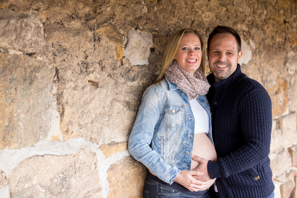 Babybauch Shooting mit Partner in Esslingen