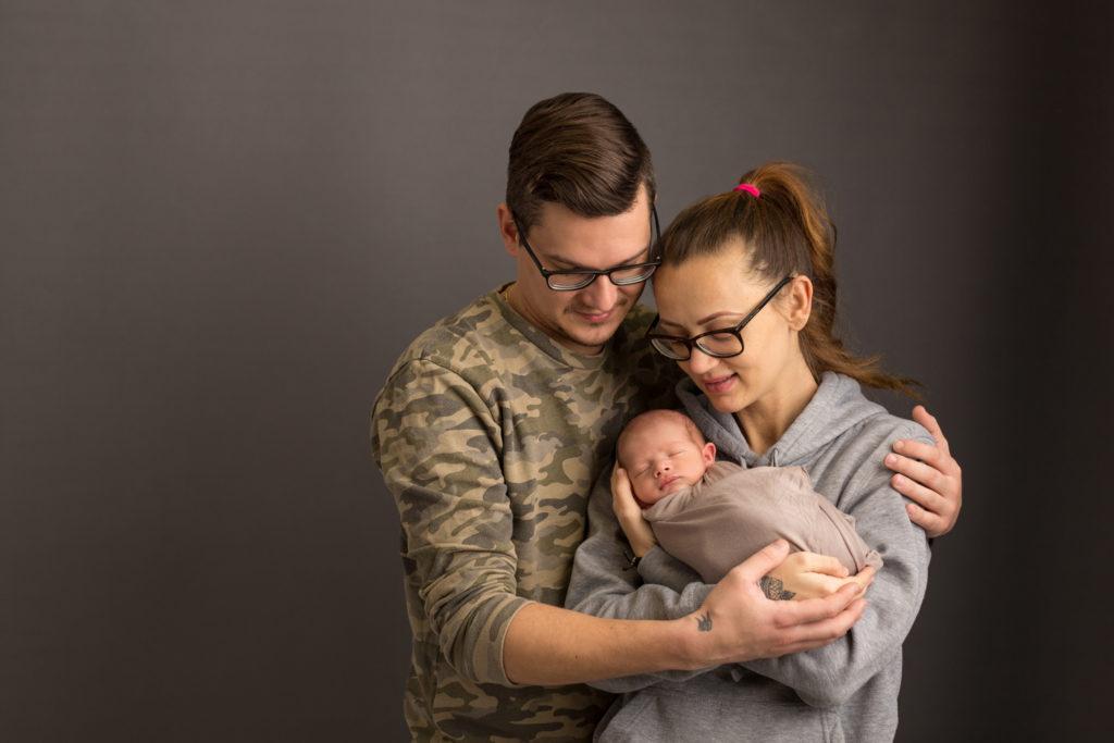 Newborn Fotoshooting Stuttgart mit Eltern