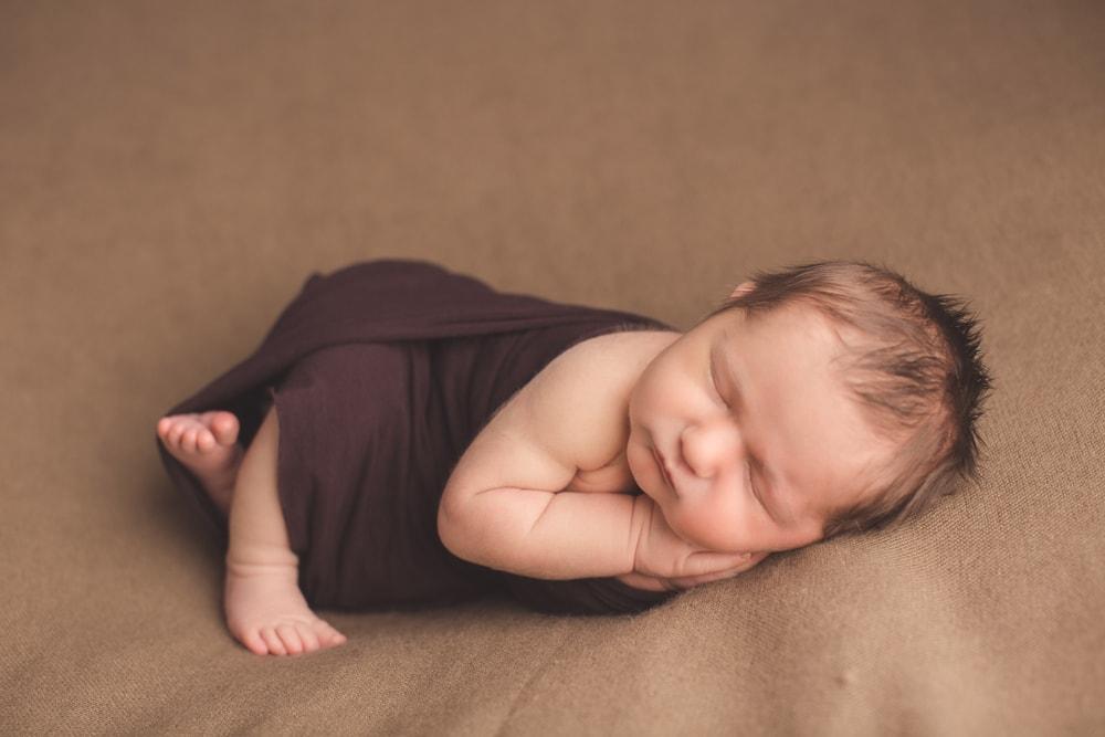 Neugeborenen Shooting zu Hause