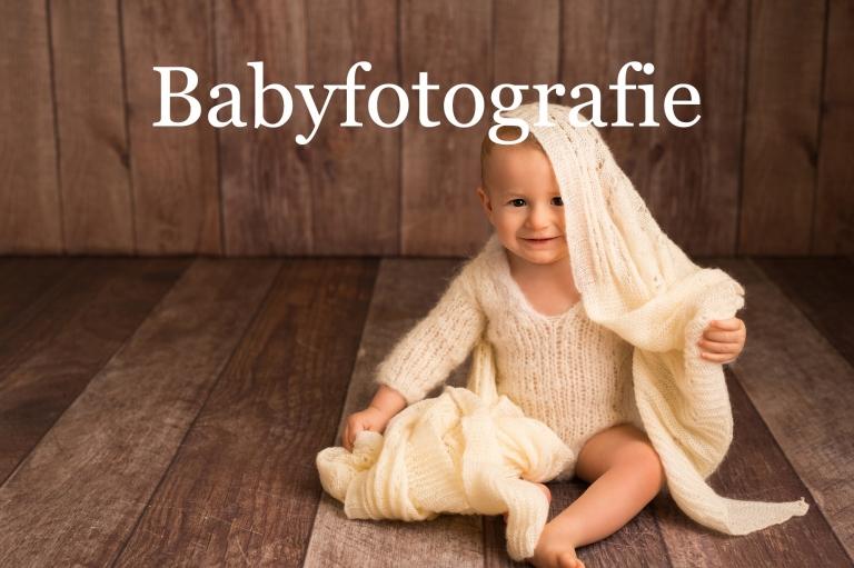 Babyfotografie im Fotostudio bei Esslingen