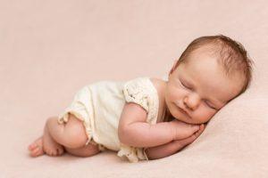 Babyfotograf mit Familie aus Stuttgart