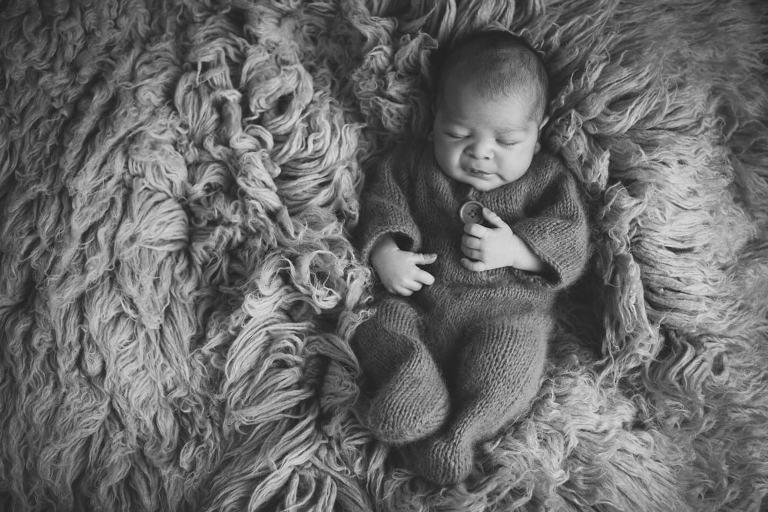 natürlich und zeitlose Babyfotografie im Raum Esslingen und Stuttgart