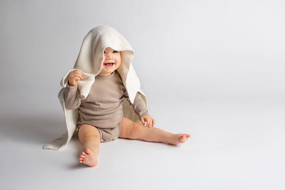 Baby-Shooting mit Milli, 10 Monate: Friede, Freude, Kuckucks-Spiel?
